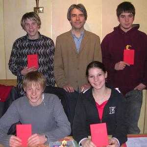 Hans Feuß mit den vier neuen Mitgliedern: Bastian Eiling (hinten links), Stefan Tönshoff (h.r.), Hannes Koberg (v.l.) und Kathrin Wiesbrock (v.r.)
