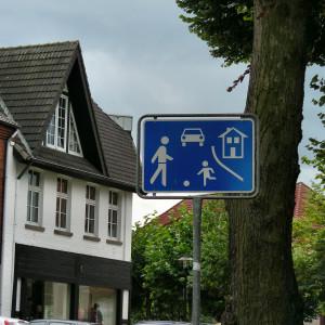 Testphase mit Ausweitung des verkehrsberuhigten Bereichs zwischen Dr.-Pieke-Straße und Brentrups Garten